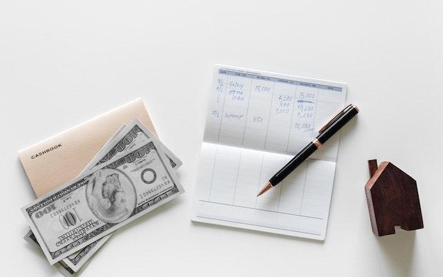 cashbook-money-house