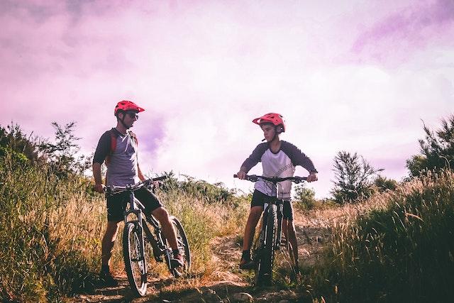 biking-family