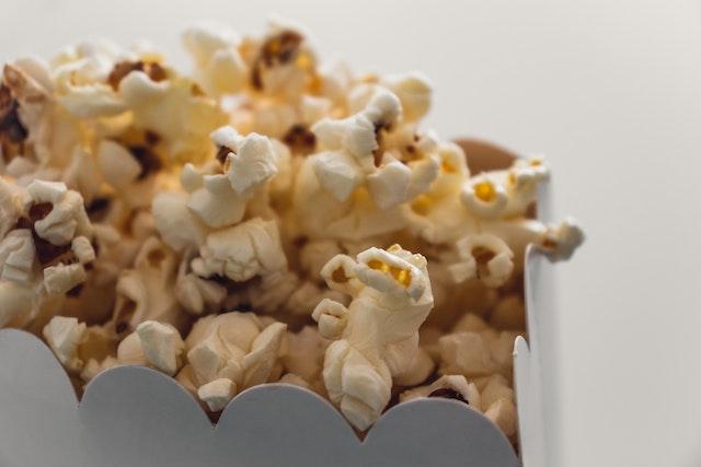 movies-popcorn-snack-entertainment